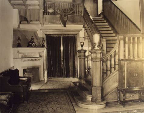 pin by stephanie mullen on dorothy draper pinterest 47 best stairs images on pinterest
