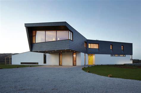 split house gallery of split house alma nac 14