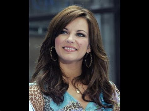 republican woman hairstyles country pop music singer songwriter martina mcbride is a