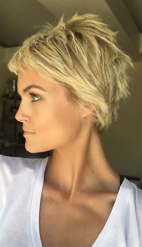 short blonde layered haircut pictures 25 best ideas about short choppy hair on pinterest