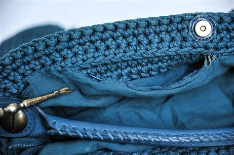 Sweater Knit Satchel By Gerard Darel by Gerard Darel Boho Syracuse Popcorn Crochet Knit Bag