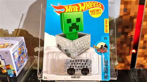 the minecraft wheels car is just a box on wheels