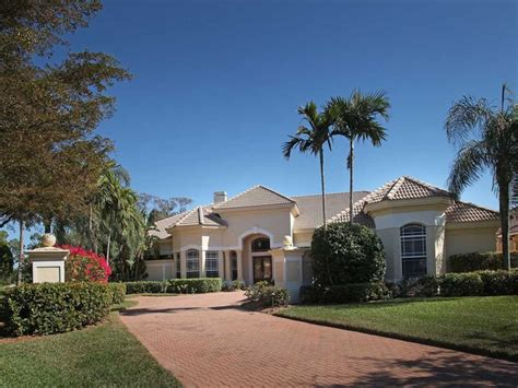 Houses For Sale In Naples Florida by Single Family Homes For Sale In The Strand Naples Florida