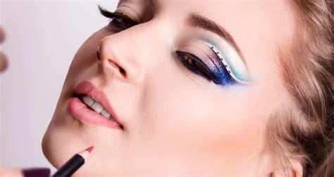 Lipstik Make Di Guardian Makeup A Prova Di Photoshop Makeup Delight