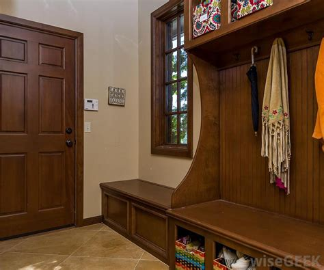 pictures of mudroom benches what are the different types of mud room benches