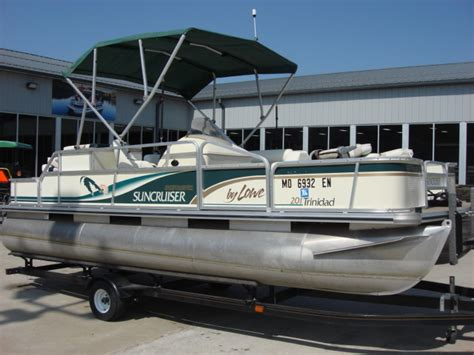 pontoon boat prices used lowe boats pontoon 21 pontoon pontoon boats used in warsaw