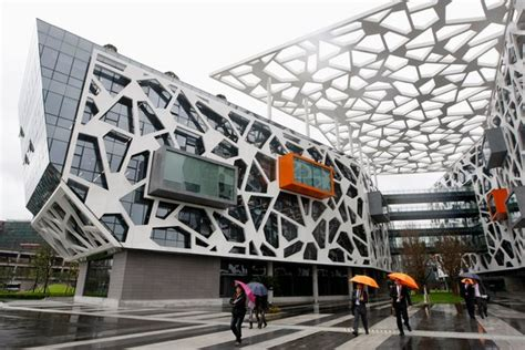 alibaba nyc chinese internet giant alibaba plans to issue i p o in