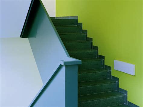 treppenhaus farbe treppenhaus caparol