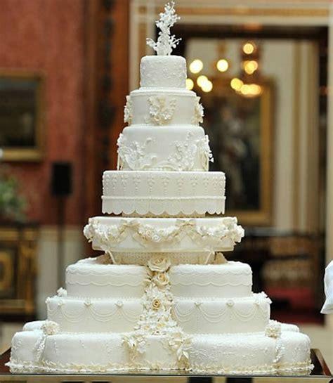 Best Wedding Cakes by Best Wedding Cakes Of 2011 Weddingsutra