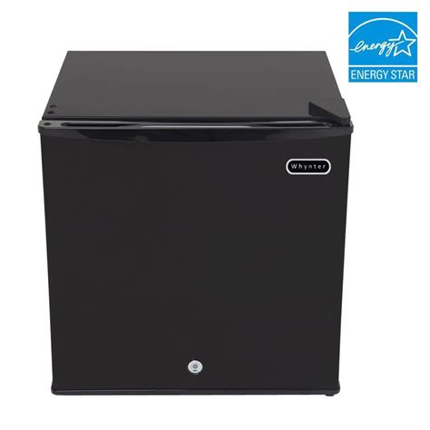 whynter 1 1 cu ft portable freezer in black with lock