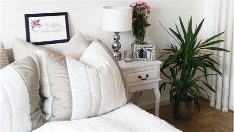 günstige kleiderschränke mit spiegel schlafzimmer renovieren farbe
