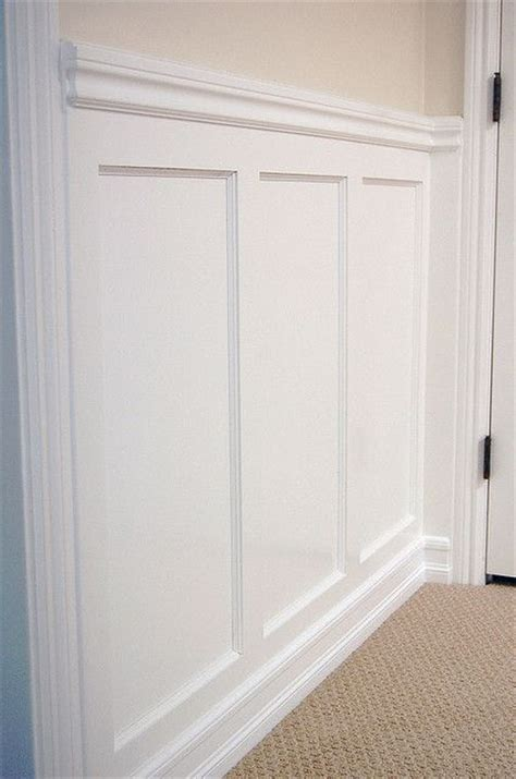 Wainscoting Molding Trim by 25 Best Ideas About Basement Wainscoting On