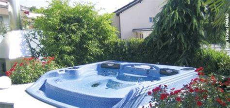 whirlpool für zuhause ab in die rinne whirlpool zu hause de