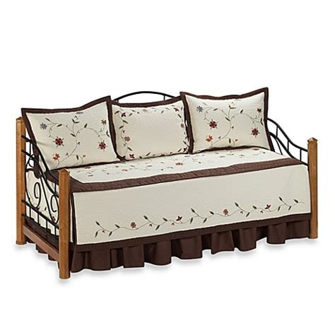 bed bath beyond quilts buy daybed bedding sets from bed bath beyond tattoo design bild