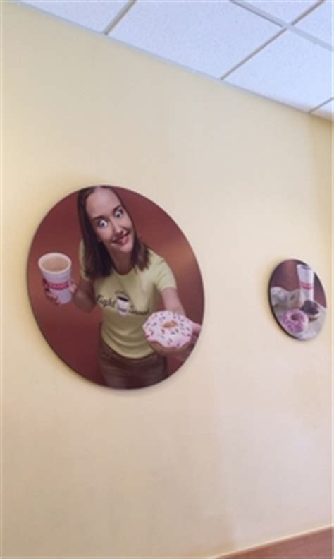 dunkin donuts bathroom when i walked out of the bathroom at dunkin donuts meme guy