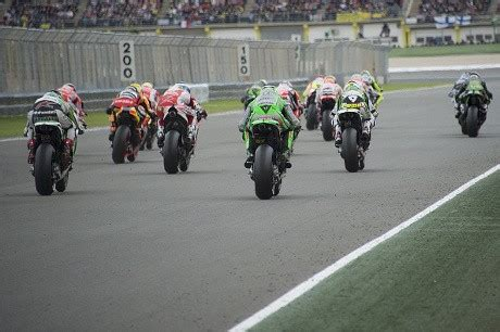 detiksport motogp valencia 2015 waktunya tancap gas dan berpacu lagi di motogp 2015