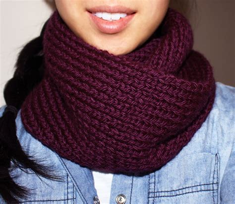 Knitting Pattern For Infinity Scarf On Straight Needles | purllin acai infinity circle scarf free knitting pattern