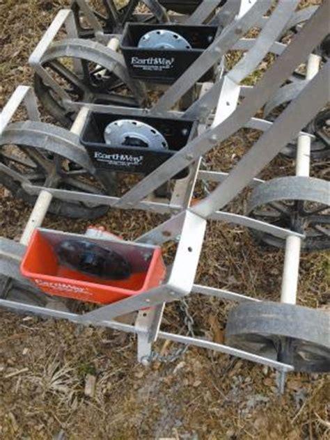 farm show 4 row earthway planter
