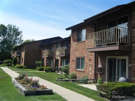 Quail Hollow Apartments Baton Quail Hollow Apartments Greenfield Wi Walk Score