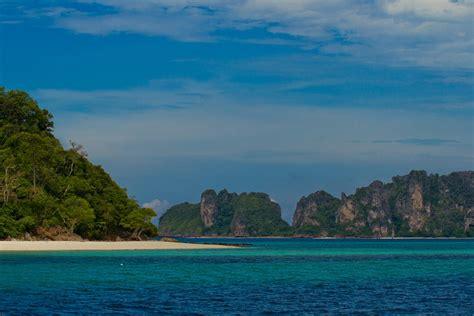 phi phi island phi phi diving diving phi phi islands thailand