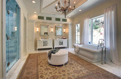 how big should a master bathroom be interior design ideas home bunch interior design ideas