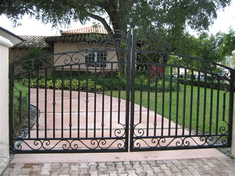 Entryway Gates Driveway driveway entrance gates related keywords suggestions driveway entrance gates keywords