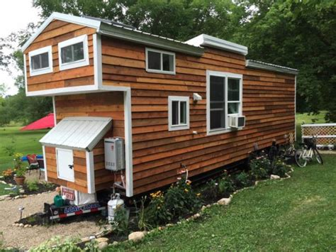 tiny house with kids jess and adam s mustard seed tiny house with 2 kids and a cat