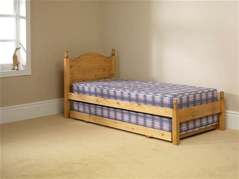 slumber up bed friendship mill 2 in 1 guest bed with mattresses from