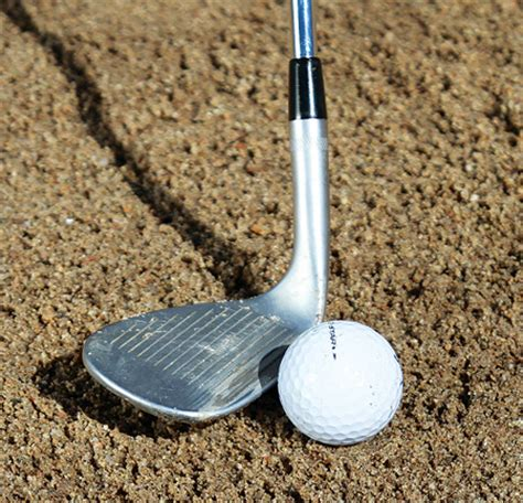 how to swing a sand wedge bunker escapes golf tips magazine