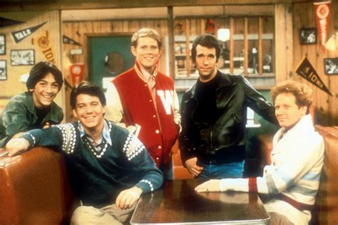 from happy days happy days cast reunites for erin memorial