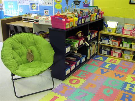Interior Design How To Kindergartenlassroom Empty Romania | how to designergarten classroomdesign classroom floor
