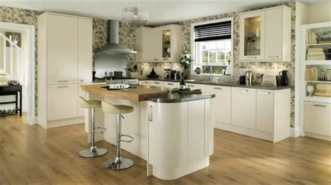 howdens kitchen cabinets glendevon gloss ivory contemporary kitchen youtube