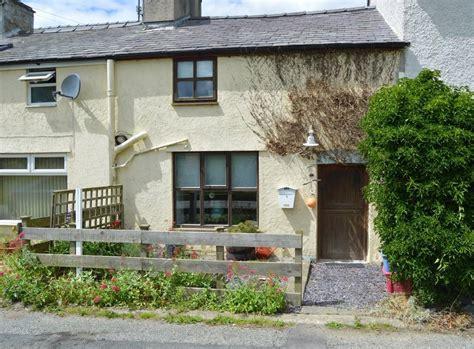 1 bedroom cottage for sale in lon fawr rhoscefnhir