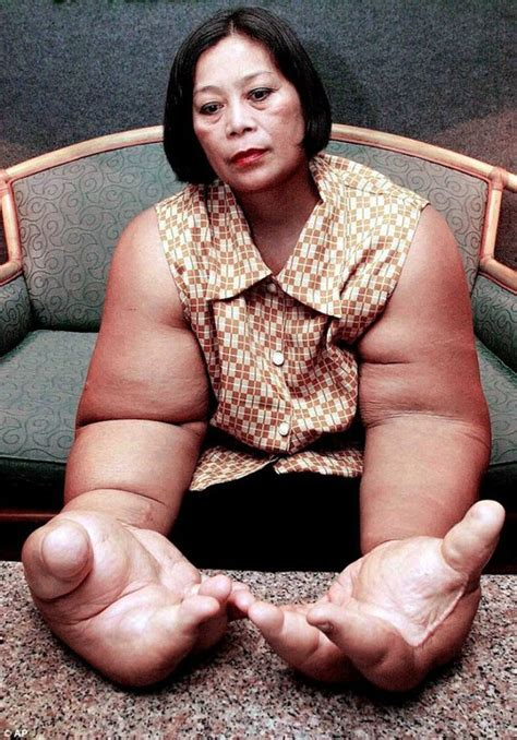 Pictures Of 59 Year Old Plan Womem | photos meet 59 year old thai woman with the biggest