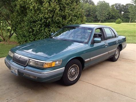 how do i learn about cars 1993 mercury sable free book repair manuals sell used 1993 mercury grand marquis 83 000 miles new tires no rust on frame or body in
