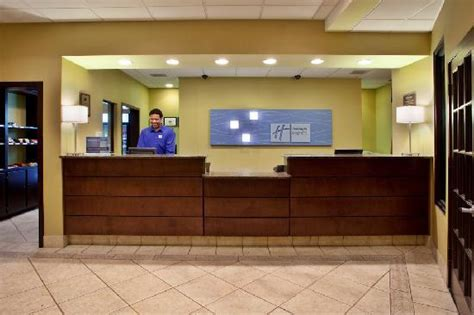 weekend front desk 301 moved permanently