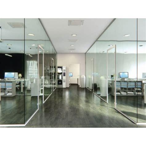 allestimento uffici pareti divisorie in vetro per allestimento uffici