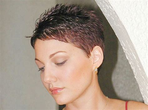 feathered pixie cuts photos of soft feathered pixie haircuts short hairstyle 2013