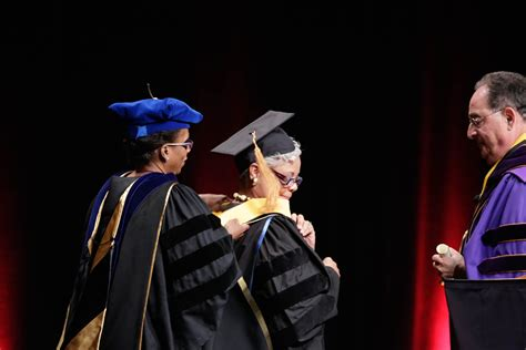Umd Mba Commencement 2017 Speaker by Photo Gallery Of Maryland Baltimore