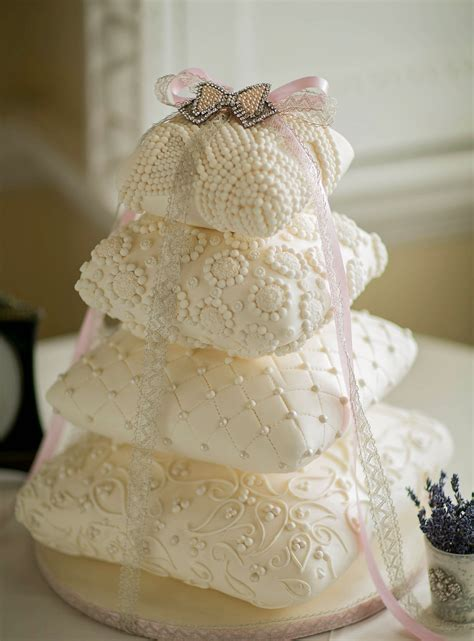 Pillow Cake by Elizabeth S Cake Emporium