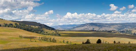 yellowstone landscape living in yellowstone