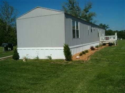 image gallery mobile home yard landscaping finally got some landscaping done mobilehomerepair com