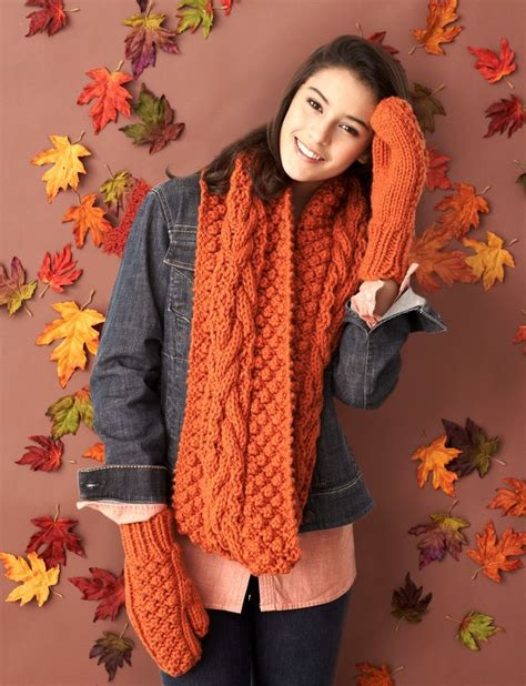Bernat Infinity Scarf Pattern Yarnspirations Bernat Chill Chaser Set Patterns