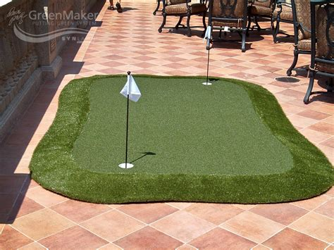 how to make a putting green in your backyard build a putting green synlawn golf canada