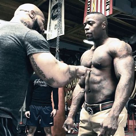 ct fletcher bench press workout mike rashid does 200 bench press reps with ct fletcher