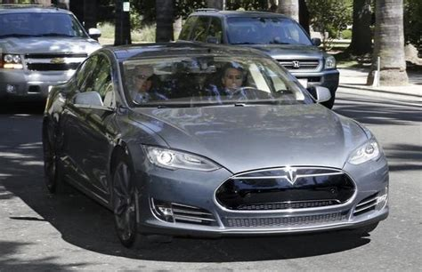 tesla motors no tesla motors declares patent revolution no more lawsuits