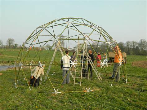 serre en dome structure de la serre d 244 me blog de la yourtili 232 re