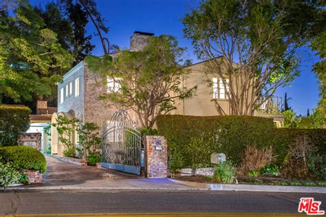 trulia los angeles rachael leigh cook is selling her cozy west hollywood home