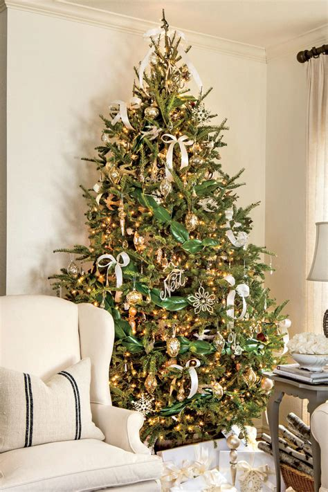 rustic christmas decor southern living new ideas for christmas tree garland southern living
