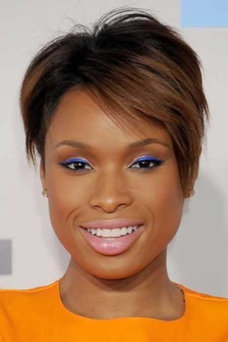 edgy pixie brown with blonde highlights 30 best short haircuts for black women short hairstyles